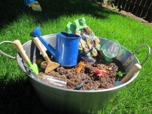 gardening sensory tub 300x225 DailyBuzz Moms 9x9 :: Earth {A Play Date}