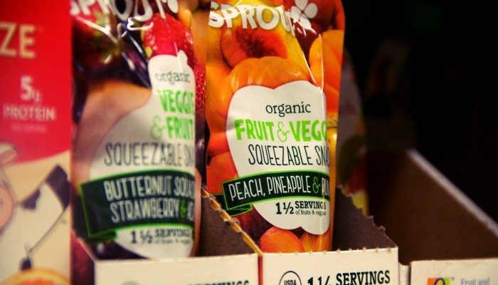 Why Baby Food is the Answer to Making the Grocery Store Fun with Kids