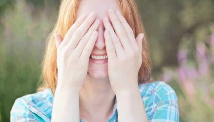 Explore the Eye's Blind Spot