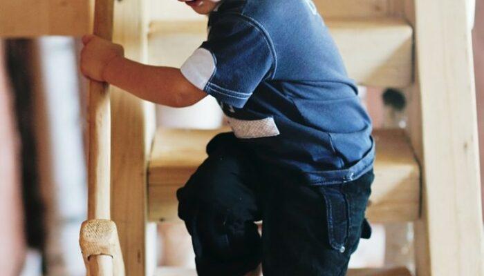 How to Give a Montessori Lesson