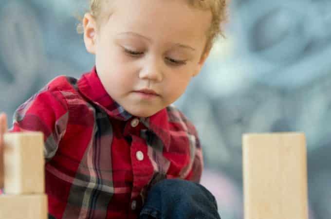 Montessori Versus Traditional Education: Why Montessori Wins