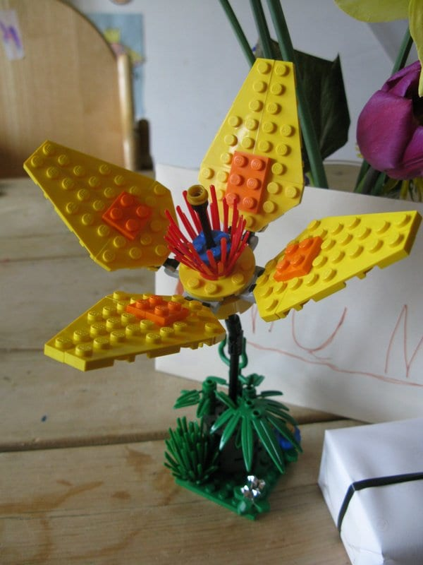 DIY Lego Mother's Day Gifts - Flower